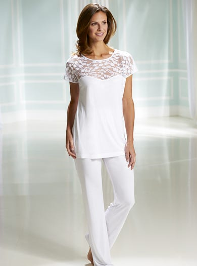 Elegant Jersey and Lace Pyjamas