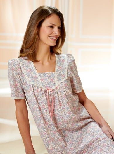 0752 - Botanical Garden - Soft Liberty Cotton Nightie