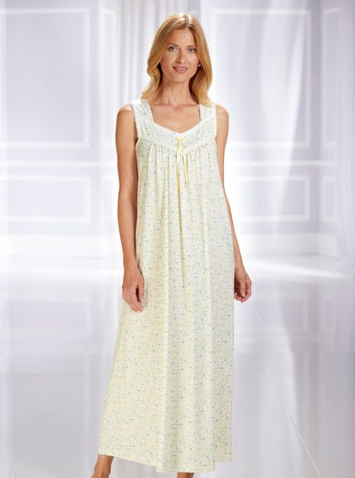 0860 - Alpine Rose - Fine Cotton Nightdress