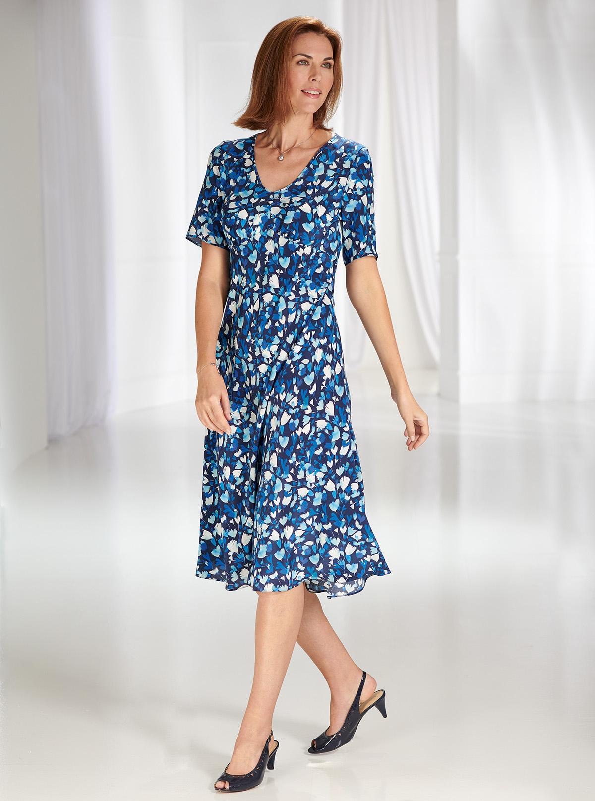 Kleid aus reiner Seide für besondere Anlässe  David Nieper