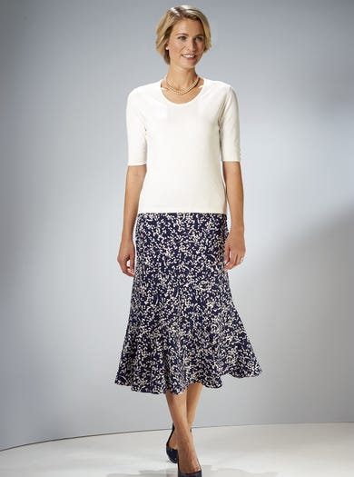 7216 - Filigree - Crease-free Crepe Skirt