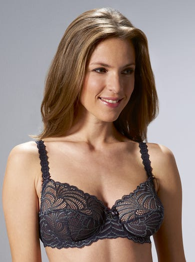 9360 - Caviar - Luxury Lace Bra by Bestform