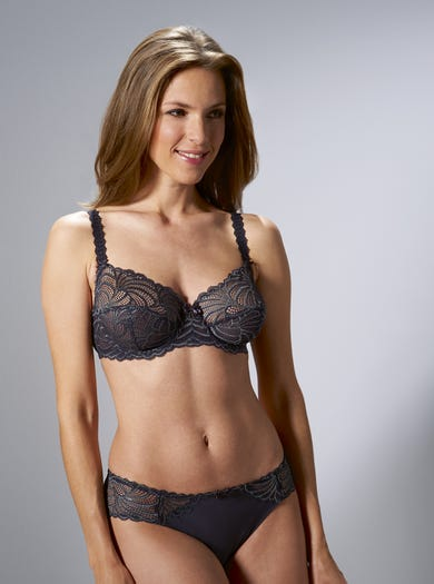 Luxury Lace Bra by Bestform