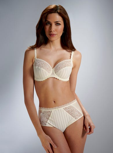 9374 - Vanilla - Pretty Lace Briefs by Felina