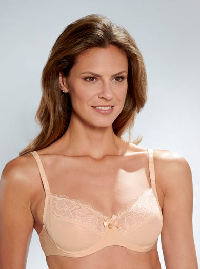 9375 - Cameo - Romantic Lace Bra by Chantelle