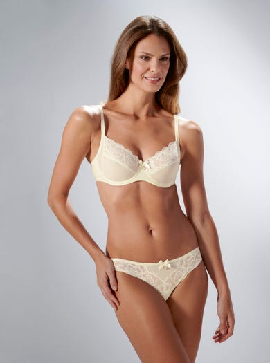 9376 - Ivory - High-cut Seam-free Briefs by Chantelle
