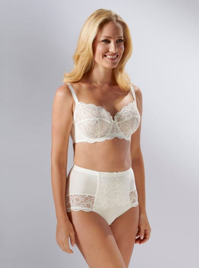 9439 - Ivory - Light Support Lace Brief by Sans Complexe