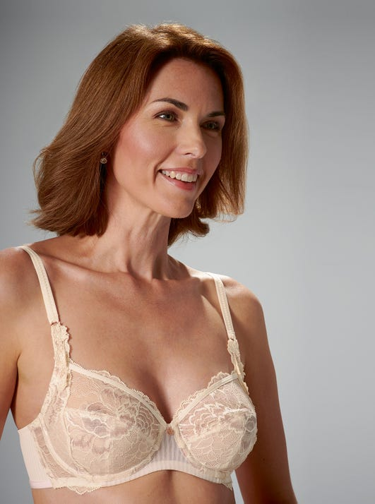 Comfortable Underwired Bra by Florale by Triumph