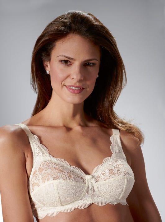 Latina - Hübscher bügelloser BH