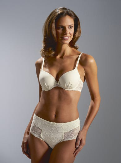 Ruched Moulded Bra by Simone Pérèle