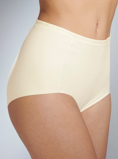 Supersoft Shaping Briefs by Mey