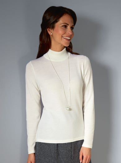 9830 - Winter White - Fine Merino Turtleneck