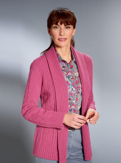 9876 - Rose - Cosy Geelong Lambswool Cardigan