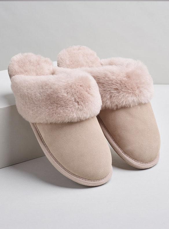 Chaussons en peau et laine de mouton