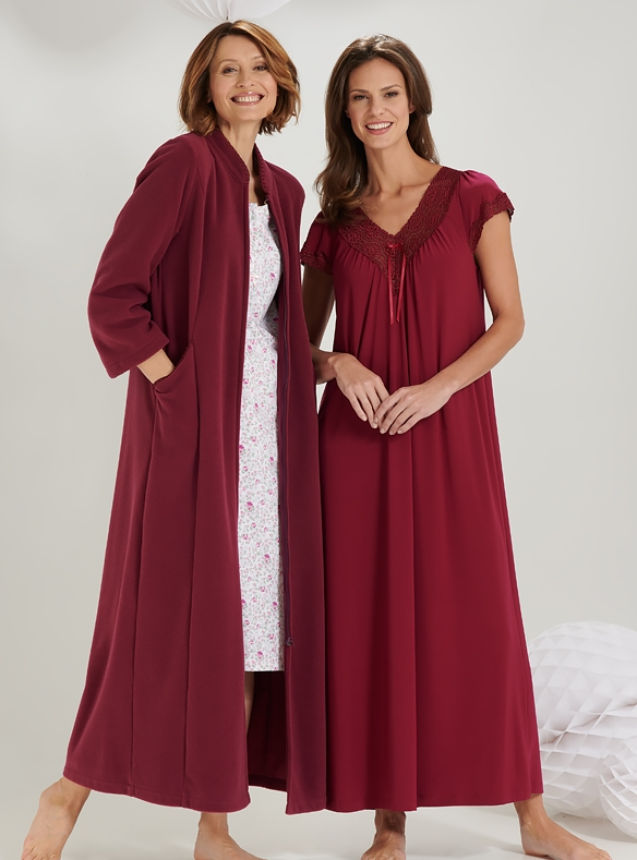Fleece Gown and Lace-trimmed Nightie