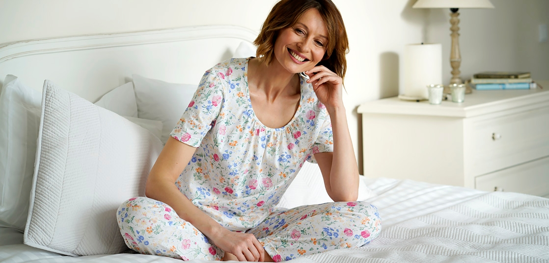 Enjoy the comfort of pure cotton jersey for a restful night's sleep