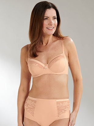 Essential women's clothing